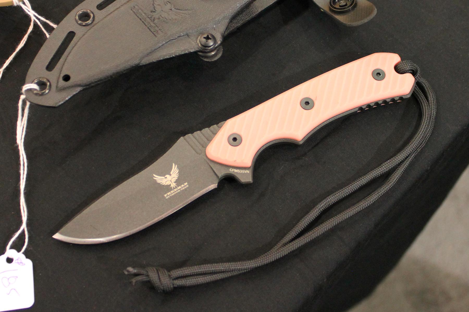 Freeman 451 Knife Pink